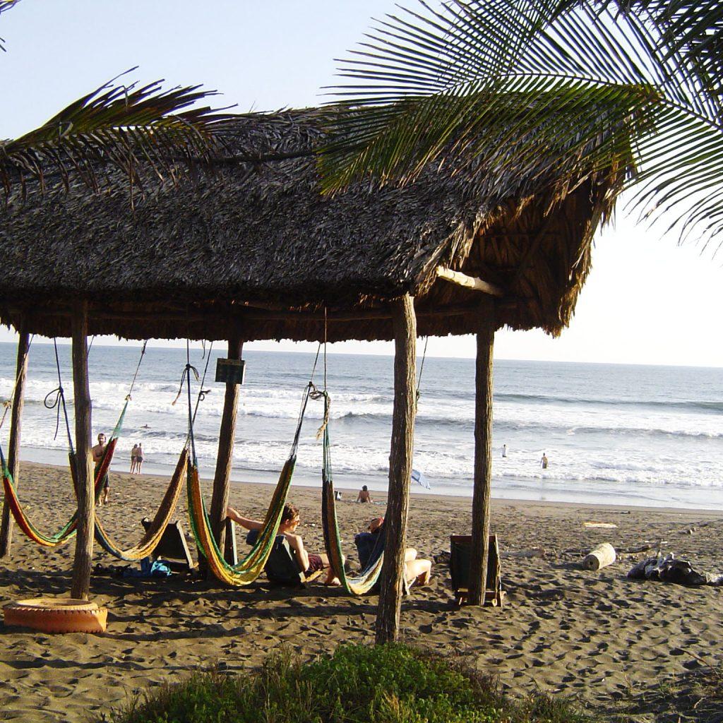 Paredon Surf House